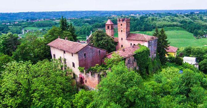 La fortezza di Castellero,  in provincia di Asti diventerà un luxury condo-hotel