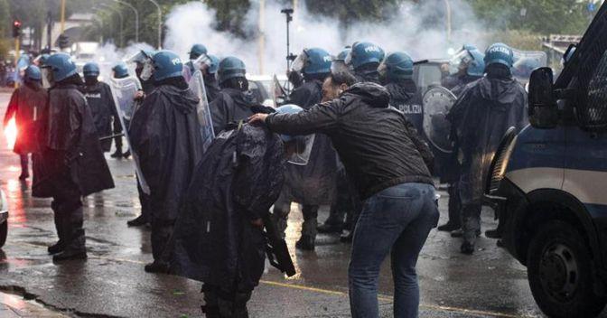 I disordini a Roma prima di Atalanta-Lazio (Ansa)