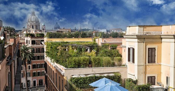 La casa di lusso? Terrazzo, vista panoramica e ampio box in cima ...