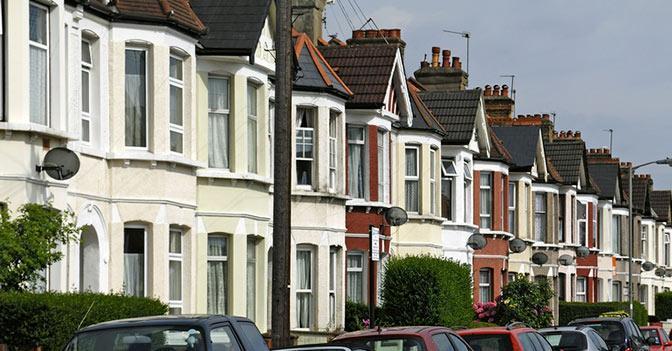 Nuovo record dei prezzi delle case a londra torna il for Costo di aggiungere un portico di fronte a una casa