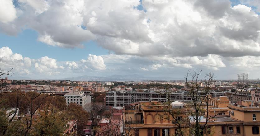 Roma, una veduta aerea del quartiere Garbatella (Olycom)