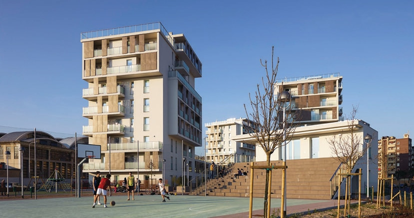Cenni di cambiamento,  un  complesso di 124 alloggi in classe A a Milano, è  il  più grande progetto residenziale realizzato in Europa con un sistema di strutture portanti in legno