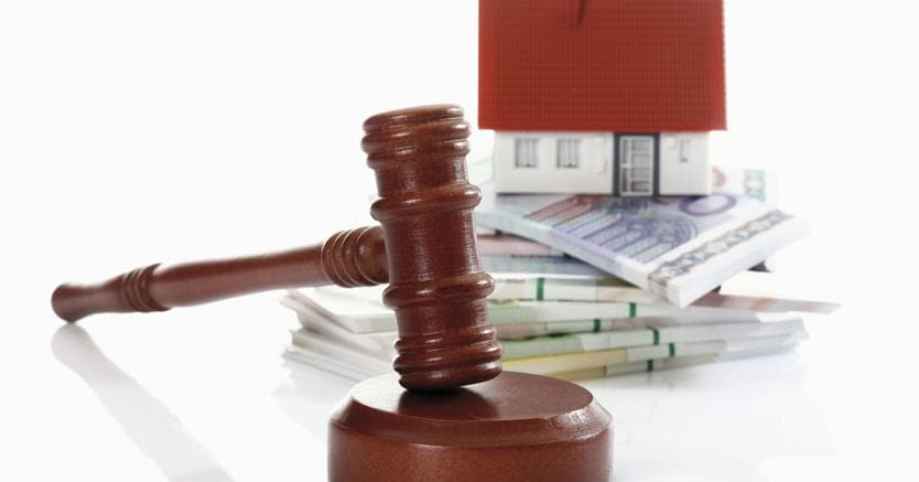 Aste e magistrati:un giro di affari da milioni di euro