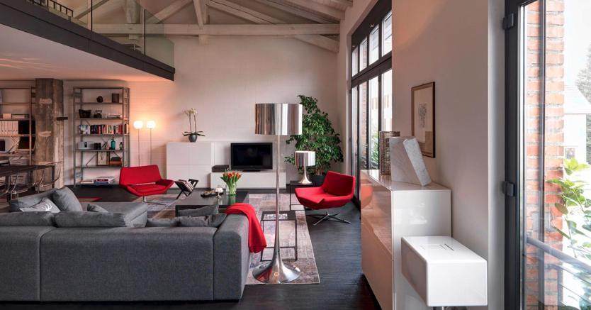 Loft come trasformare il vecchio magazzino in un open space di design il sole 24 ore - Arte sole cucine ...