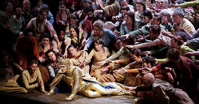 Un'immagine delle prove alla Scala di «Giovanna d'Arco»