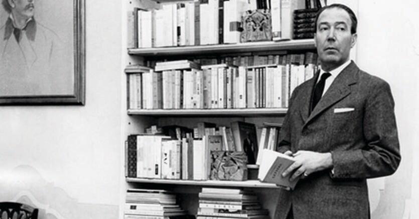 Amici.Quarantotti Gambini nel suo studio a Venezia negli anni Cinquanta