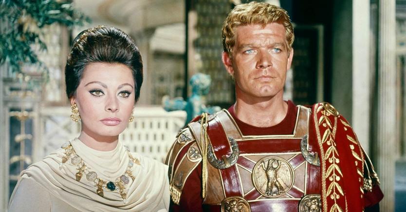 Peplum. Sophia Loren (Lucilla)e Stephen Boyd (Livio) in «La caduta dell'impero romano» (1964) di  Anthony Mann