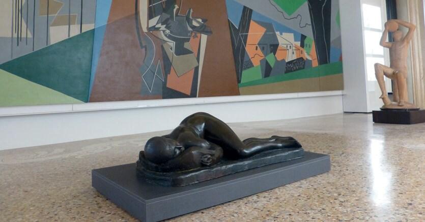 Allestimento. La collezione di Francesco Carraro, esposta nelle sale della Galleria d'arte moderna di Ca' Pesaro a Venezia, rappresenta un eccezionale incremento della sezione di arte italiana del '900