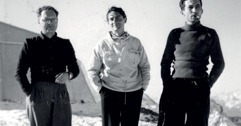 Giovani scienziati. Gilberto Bernardini e Ettore Pancini al laboratorio della Testa Grigia, in Valle d'Aosta nel 1947
