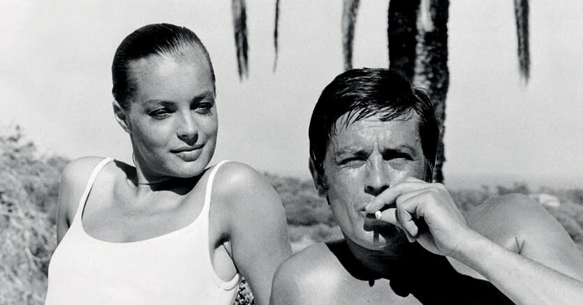 «La piscina». Romy Schneider  e Alain Delon   nel film  del 1969 diretto  da Jacques Deray