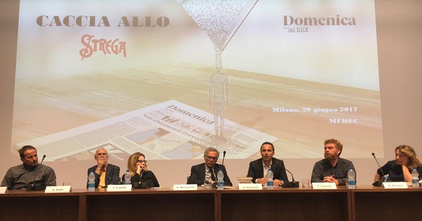 Da sinistra: Matteo Nucci, Alberto Rollo, Teresa Ciabatti, Armando Massarenti, Gianluigi Simonetti, Paolo Cognetti, Wanda Marasco
