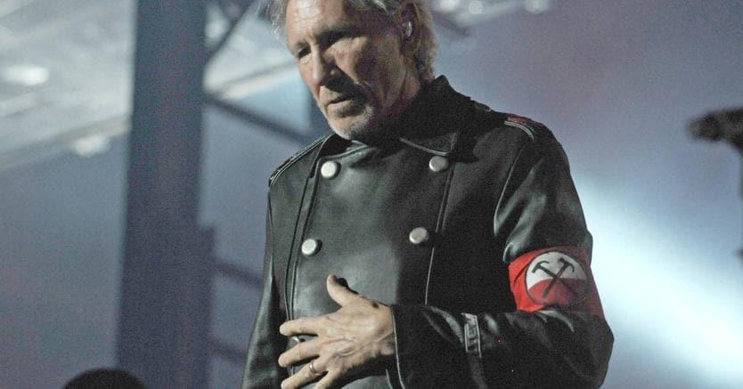 Musica, giudice blocca la vendita del disco di Roger Waters