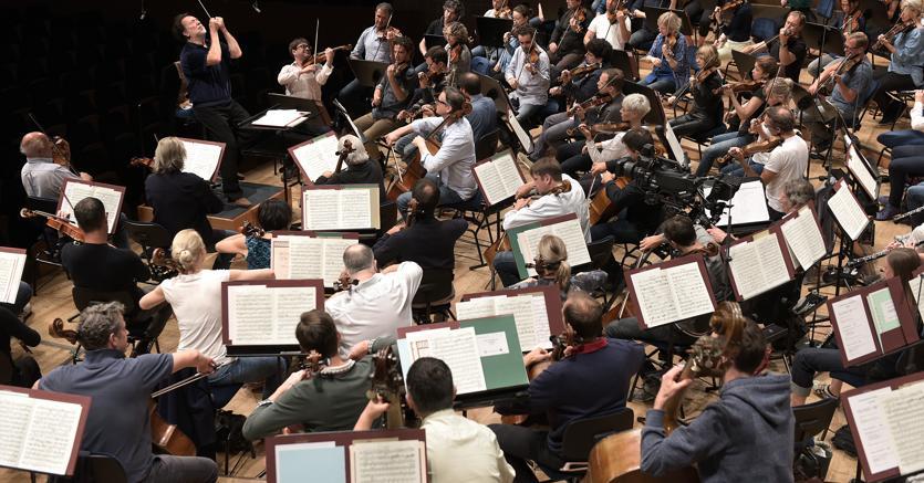 La «Lucerne Festival Orchestra» prova sotto la direzione di Riccardo Chailly