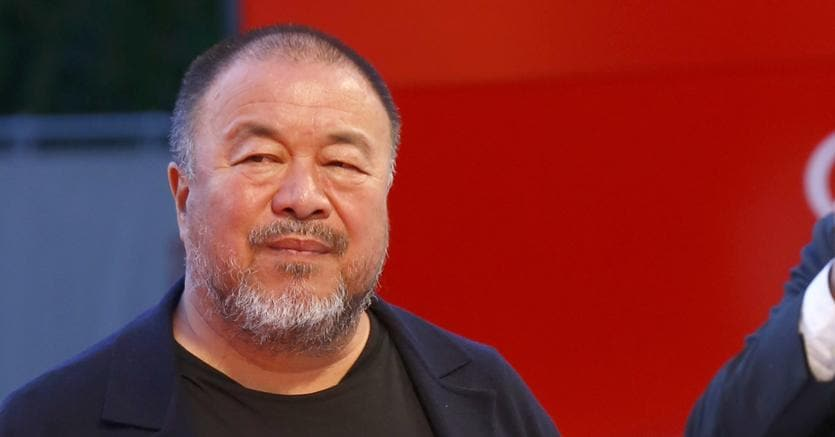 L'artista cinese Ai Weiwei ha presentato il documentario «Human flow» sulla tragedia dei migranti (Olycom)