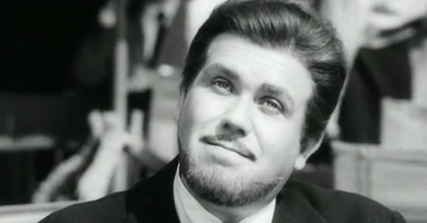 """Gastone Moschin nel ruolo del ragionier Bisigato in """"Signore e Signori""""(1965) di Pietro Germi Ansa"""