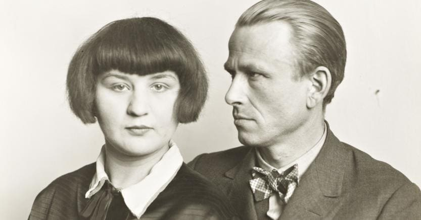 August Sander, The Painter Otto Dix and his Wife Martha 1925-6, printed 1991. (Tate Liverpool -  Die Photographische Sammlung / SK Stiftung Kultur – August Sander Archiv, Cologne / VG Bild-Kunst, Bonn and DACS, London 2017)