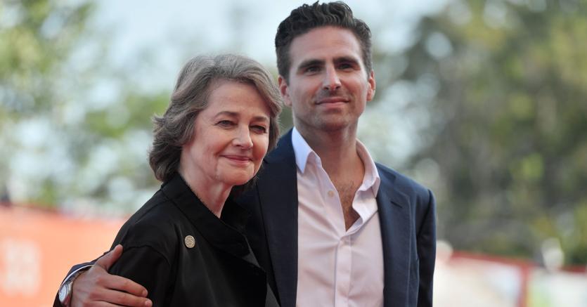 Charlotte Rampling con il regista Andrea Pallaoro. (Afp)