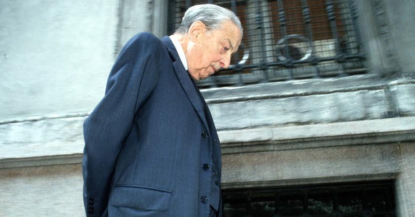Banchiere inimitabile. Enrico Cuccia (1907-2000), protagonista della vita economica e finanziaria italiana del Novecento