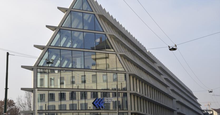 Il palazzo della Fondazione Giangiacomo Feltrinelli a Milano (Agf)