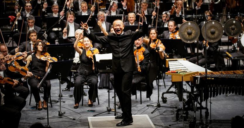 Biennale Musica: il compositore cinese Tan Dun e l'Orchestra sinfonica nazionale della Rai (Foto: Andrea Avezzù)