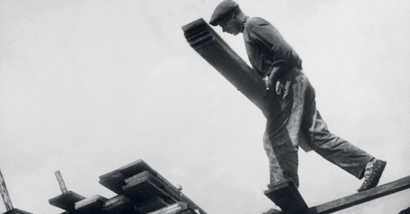 Lavoratori. Alexander Rodchenko, «Fabbrica di legname Vakhtan, Regione del Nijny Novgorod (1930)