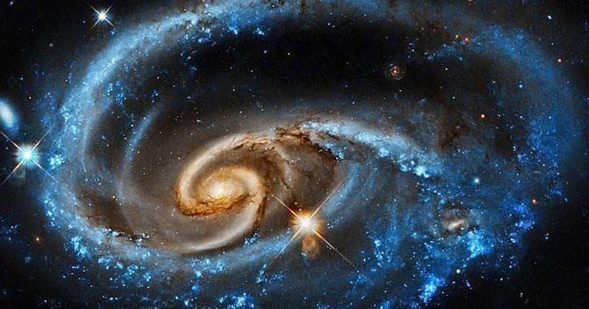Una rappresentazione artistica delle onde gravitazionali. (Ansa)