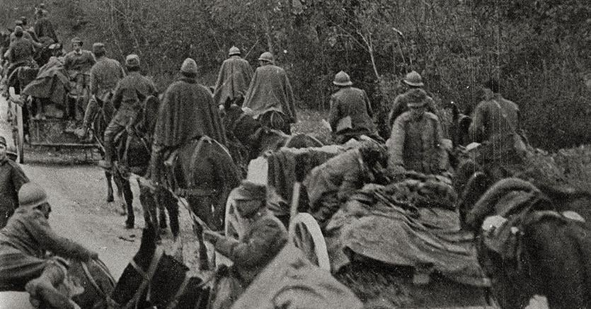 La ritirata.Caporetto, le  truppe della III Armata si ritirano seguite da civili
