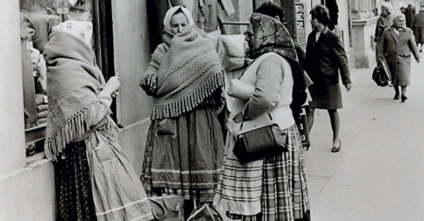 Testimonianze.Migranti a Mexicoplatz, Vienna