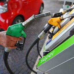La benzina più cara d'Europa? Sorpresa, non in Italia ma...
