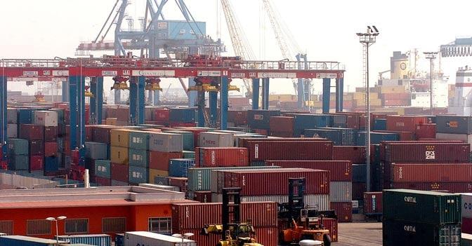 Frena il commercio estero italiano a gennaio: giù import ed export