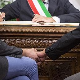 Unioni civili, ok del Senato alla fiducia: 173 sì. Renzi: «Giornata storica». Dai verdiniani 18 votiUnioni civili, al Senatopassa la fiduciaDecisivi i Verdiniani