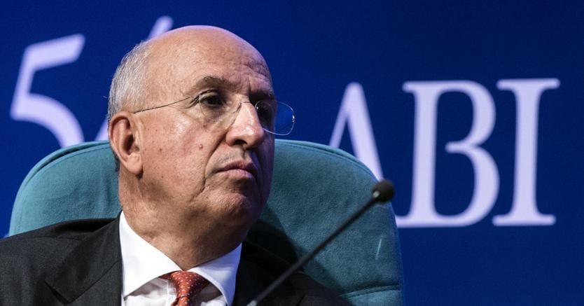 Banche, Visco e Padoan aprono a intervento pubblico sul capitale