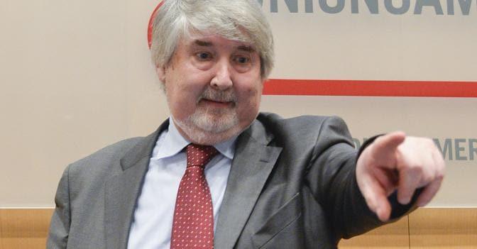 Il ministro del Lavoro, Giuliano Poletti (Imagoeconomica)