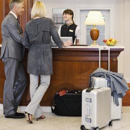 Hotel a febbraio milano batte parigi il sole 24 ore for Parigi a febbraio