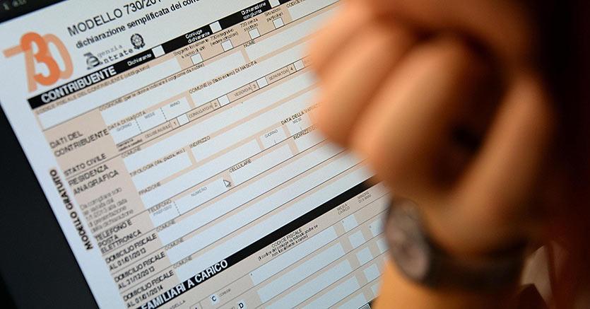 Prelievi oltre 1000 euro, scatta il controllo fiscale