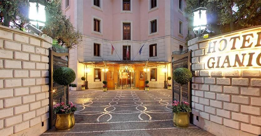 Hotel Roma  Stelle Con Parcheggio