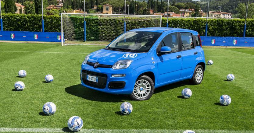 L'auto che celebra la Nazionale Azzurra: nasce la Pandazzurri