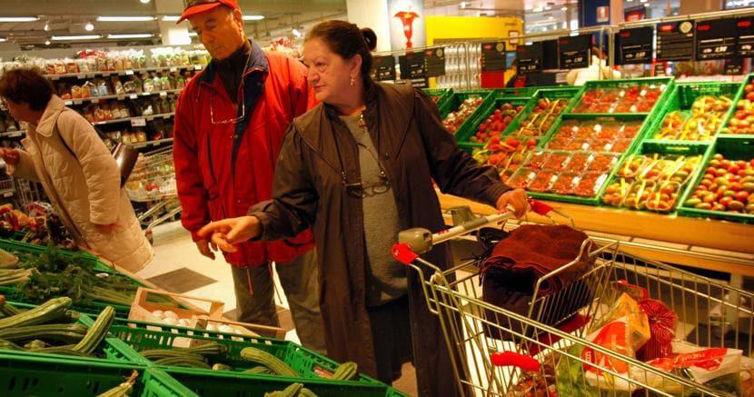 Istat: Italia ancora in deflazione, prezzi in calo su base annua