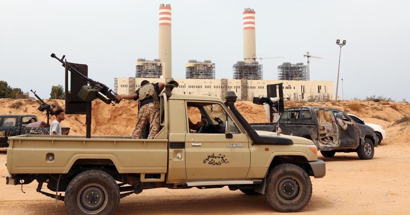 Libia, le milizie sfondano a Sirte: Isis in ritirata
