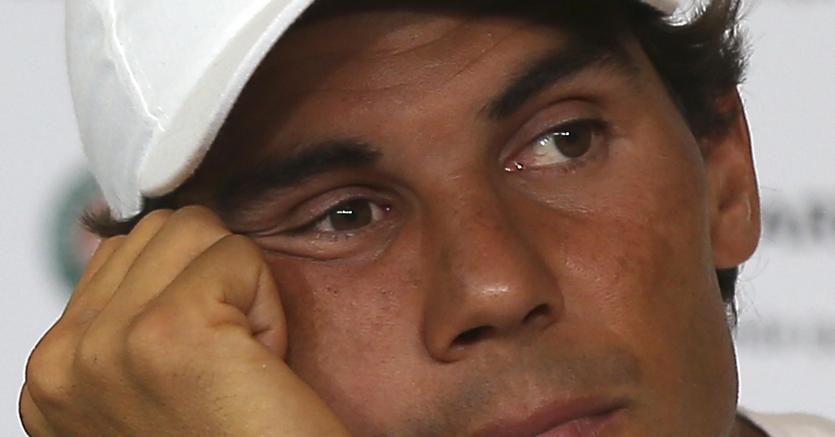 Il polso sinistro fa ancora male, Nadal rinuncia a Wimbledon