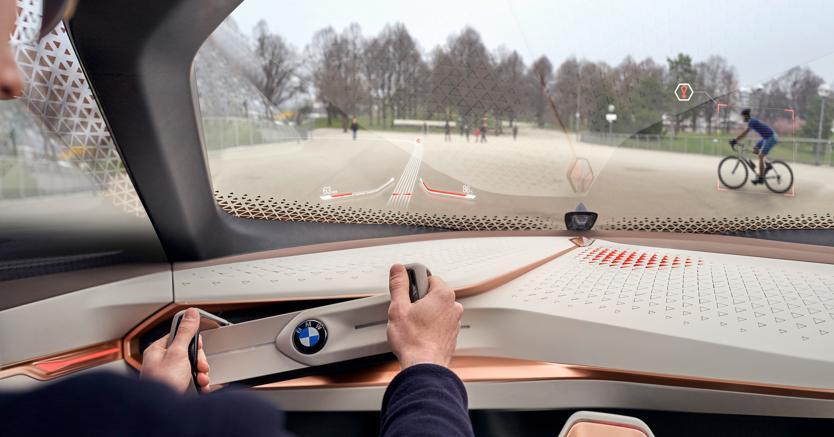 Nel 2021 la guida autonoma con Intel — BMW