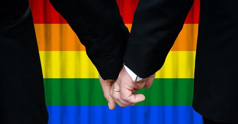 Ricongiungimento di coppie omosessuali italia condannata for Permesso di soggiorno ricongiungimento familiare cittadino italiano