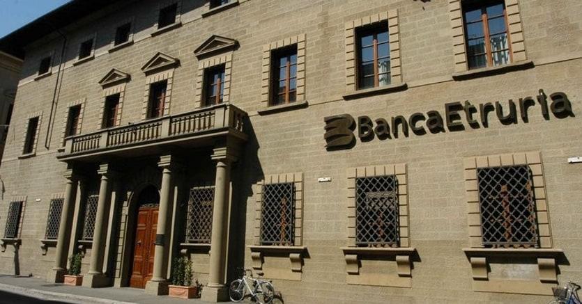 Vendita di Banca Etruria, tre offerte: Apollo, Lone Star e Apax