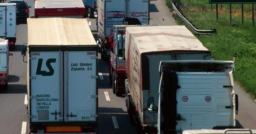 Multa da 3 miliardi per i produttori di camion europei