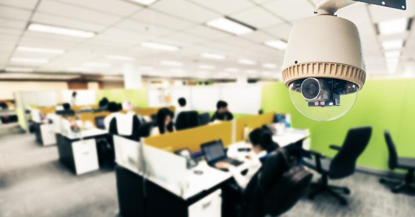 Ufficio Di Rappresentanza In Italia Dipendenti : Sì alle telecamere in azienda ma il nullaosta è necessario il