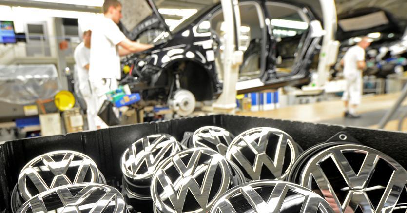 L'impianto Volkswagen di Wolfsburg (Reuters)