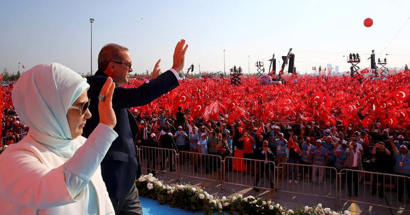 Il presidente turco Erdogan sarà a San Pietroburgo per incontrare Vladimir Putin