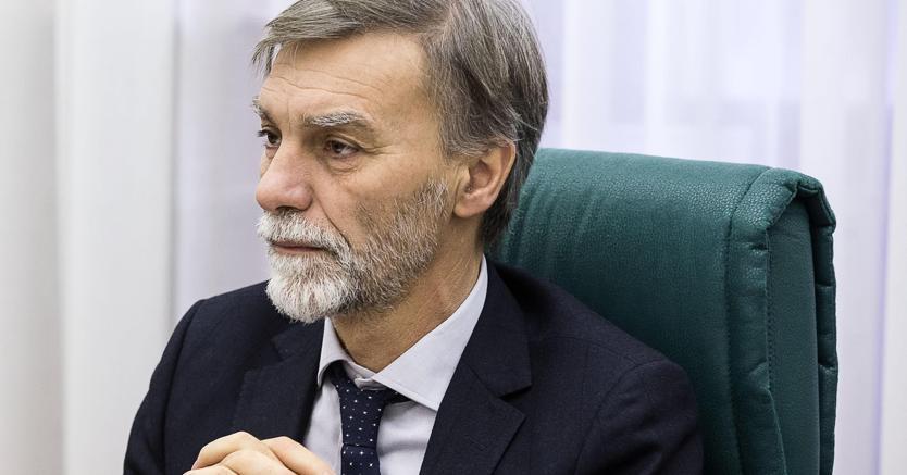 Il ministro delle Infrastrutture Graziano Delrio. (Ansa)