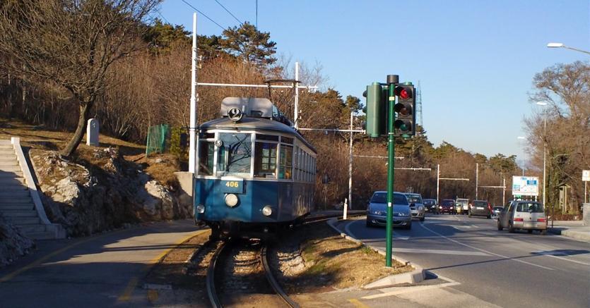 Scontro tra due tram che collegano Trieste a Opicina