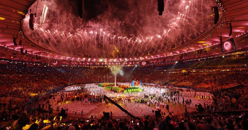 Rio 2016, il premier del Giappone si trasforma in Super Mario